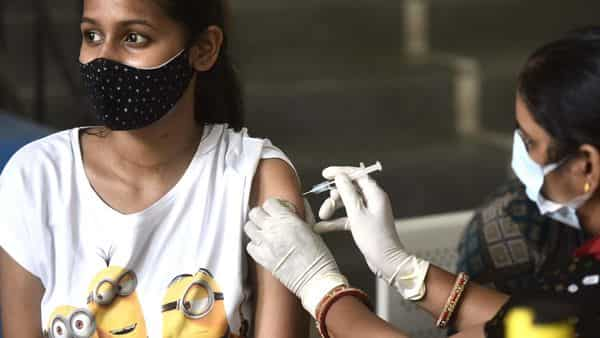 30% of people above 18 yrs received at least one COVID dose, says AAP MLA (Vipin Kumar /HT PHOTO)