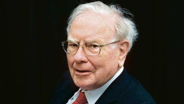 Traditional banks still control big credit, but Buffett has been pulling out
