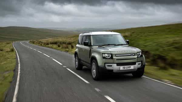 The prototype hydrogen fuel cell electric vehicle (FCEV) will be based on the new Land Rover Defender