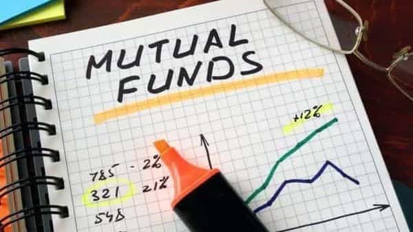 Data showed that private Banks (18%) was the top sector holding for mutual funds in May, followed by Technology (11%), Healthcare (7.6%), and NBFCs (7.4%)