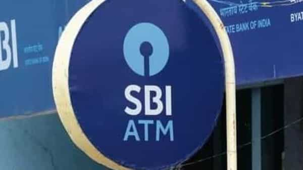 The bank said in a tweet, SBI neither runs nor endorses any such gift/ lottery schemes (Mint)
