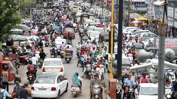 Nashik Unlock: The administration has decided to continue with the level-3 restrictions considering the previous experience of crowding and various other factors. (Hindustan Times)