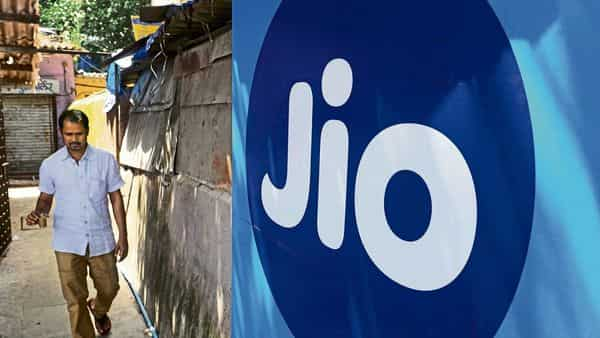 Reliance Jio is one of many carriers around the world using a new approach to build 5G networks.