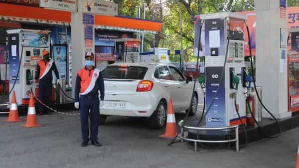 Fuel prices have been hiked for the 36th time since the results for the assembly elections in West Bengal, Assam, Kerala, Tamil Nadu, and Puducherry were announced on 2 May. (HT)