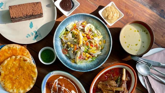 The menu has offerings from all over the world; soups from the West Village in New York, prawn balchao from Goa and nihari remembered with relish from Delhi. (Photo: Olive Bengaluru)