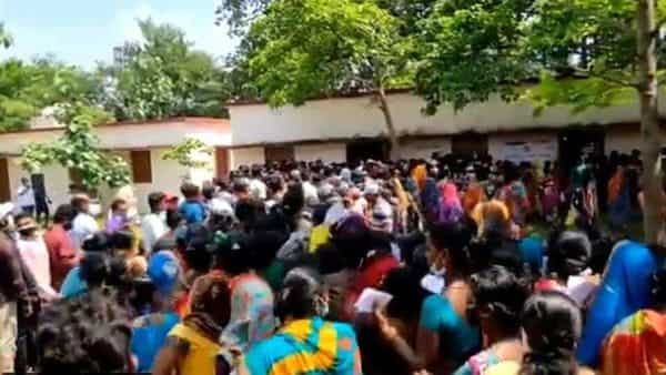 Stampede-like situation at a vaccination centre inOdisha.