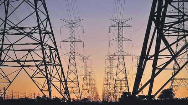 This paring of losses by the discoms assumes significance as they have been the weakest link in the electricity value chain, plagued by low collection, increase in power purchase cost, inadequate tariff hikes and subsidy disbursement, and mounting dues from government departments.
