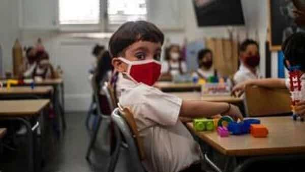 A third of the population did not have SARS-CoV-2 antibodies, which means about 40 crore people are still vulnerable to COVID-19 infection (AP)