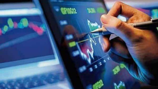 Info Edge stock faces fatigue despite Zomato IPO frenzy Photo: Mint
