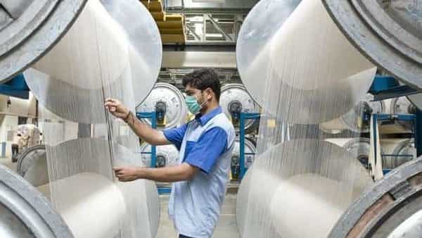 Welspun's expenses in the June quarter declined to  ₹1,205.53 crore, as compared to  ₹1,970.16 crore in year-ago period