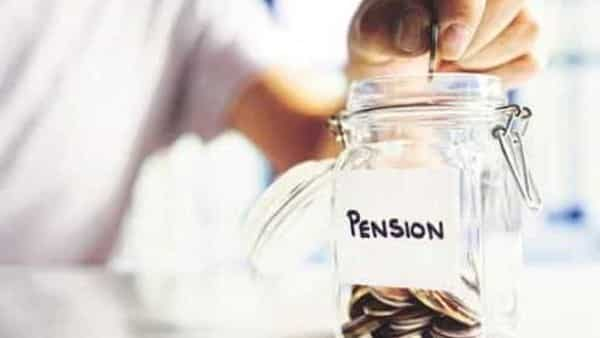 NPS scheme: PFRDA Chairman went on to add that earlier pension funds were allowed to invest in those stocks that had  ₹5000 crore market capital and at the same time it had presence in the Future & Option or F&O segment. (iStock)