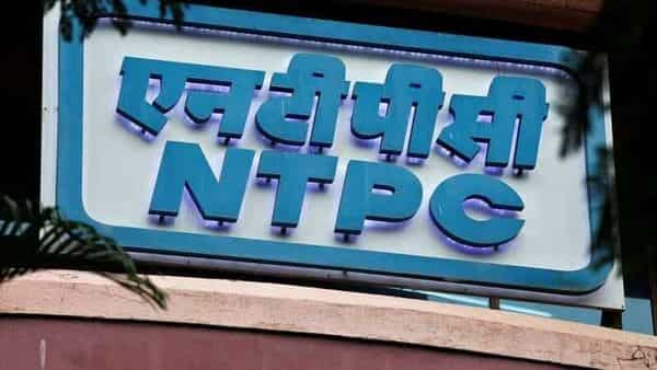 While NTPC has been awarded the project management consultancy (PMC) contract for setting up 900 megawatt (MW) solar projects in Cuba, it has also secured similar contracts in Malawi and Niger to set up 100 MW and 50 MW solar capacity respectively. (REUTERS)