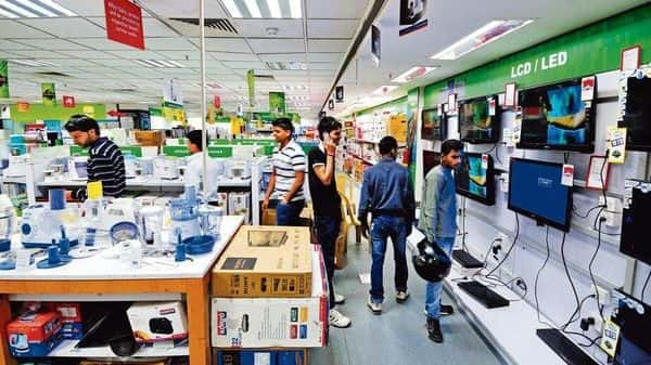 Companies are drawing confidence from the ebbing of covid 2.0, a pickup in vaccinations and higher footfalls in stores and malls. (Photo: Mint)