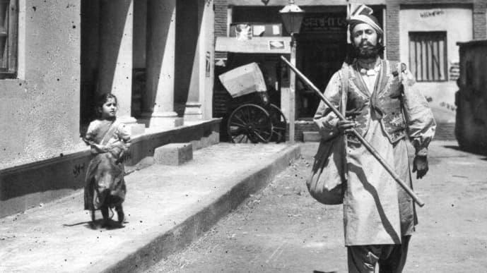 Balraj Sahni in the 1961 film 'Kabuliwala'.