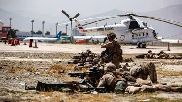 ABD askerleri Uluslararası Kabil Havalimanı'nı koruyor / Reuters.