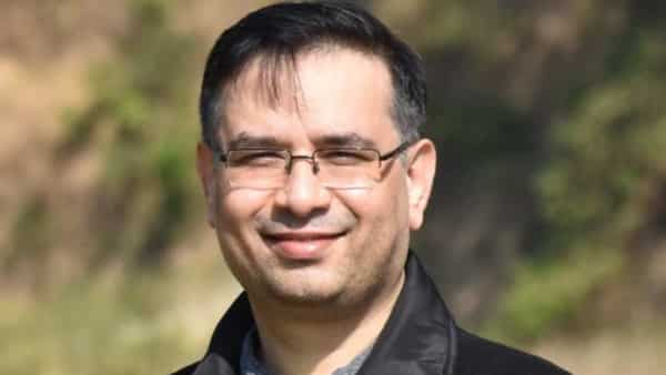 Nakul Saxena joins LetsVenture from Amazon Web Services where he was part of the public sector team focusing on startups, incubators, and impact funds. (Photo source: LinkedIn)