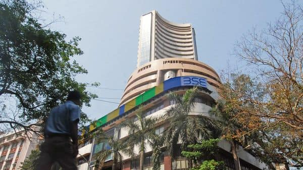 Indianshare marketshave opened on a positive note, following the trend on SGX Nifty.