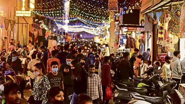 YouGov's Diwali Spending Index reveals a spending propensity of 90.71 among urban Indians this festive season.