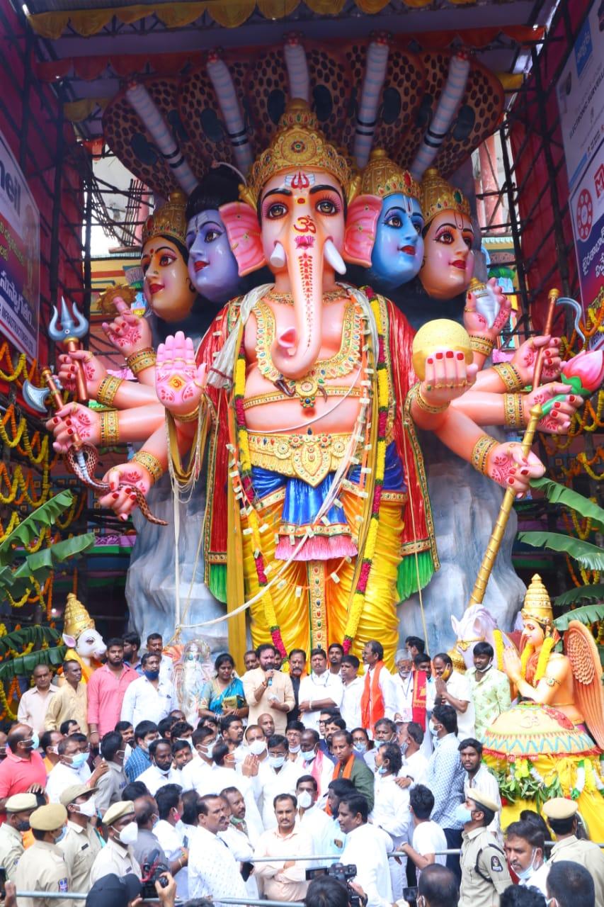 Bada Ganesh pandal at Khairtabad in Hyderabad