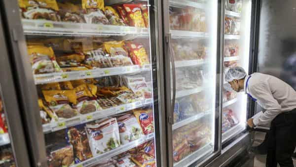 In India, the sale of ultra-processed food increased to 6kg per capita in 2019 from 2 kg in 2005, and is expected to grow to 8kg by 2024. (Photo: Bloomberg)