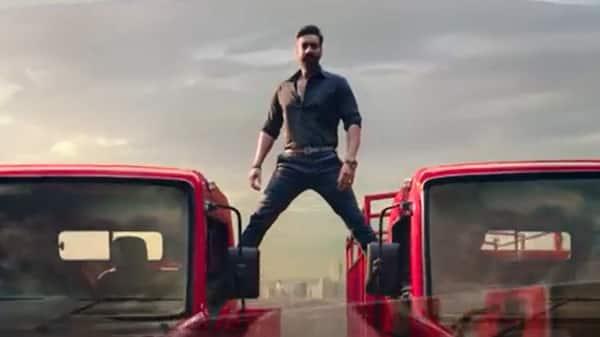 Ajay Devgn split stunt on Mahindra trucks