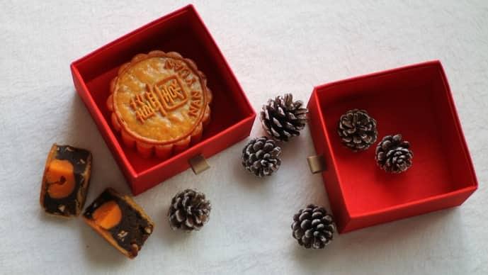 Mooncakes are festive treats for the mid-autumn festival. (Marie Martin, Pexels)