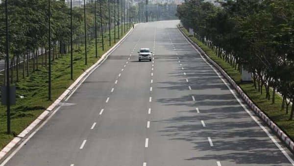 Govt working on new road projects, Nitin Gadkari said (REUTERS)