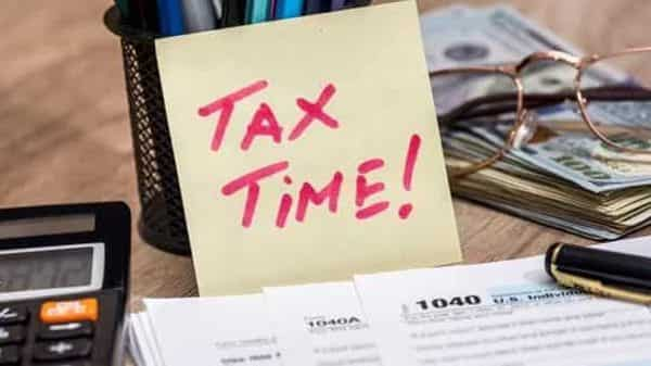 CBDT has extended the due date of filing ITR to 31 December of this year. Filing ITR after this date will attract a penalty of  ₹5,000.. (Photo: iStock)
