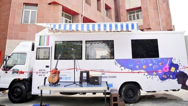 Delhi government launches music bus