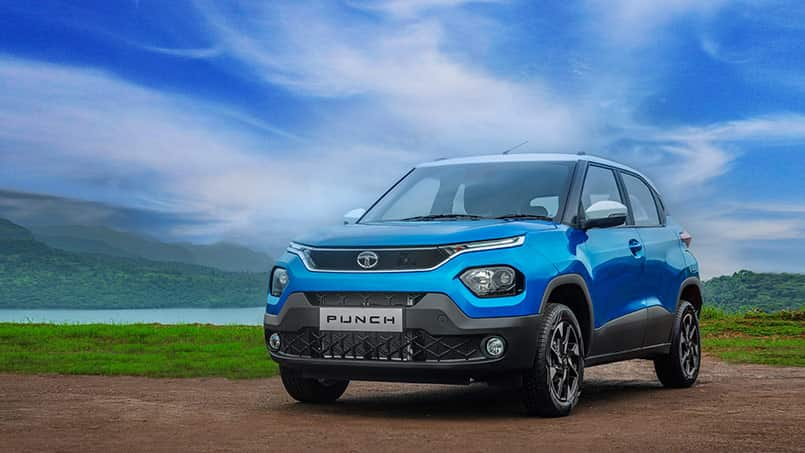 The Tata Punch is expected to get a relatively higher ground clearance in comparison to the cars in the same segment. The Maruti Suzuki Ignis gets a ground clearance of 180mm. Looking at the renders and the leaked images and videos, the Punch is expected to come with an even higher ground clearance