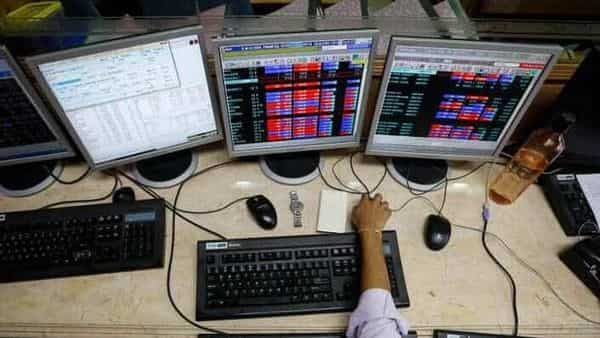 On Wednesday, the Sensex fell 77.94 points or 0.13% to end at 58,927.33, while the Nifty eased 15.30 points or 0.09% to 17,546.70. (Photo: Reuters)