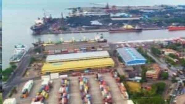 New Mangalore port, the only major port of Karnataka, is located between Cochin and Goa ports.