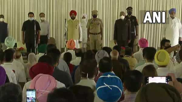 The oath taking ceremony was presided by Governor Banwarilal Purohit (ANI)
