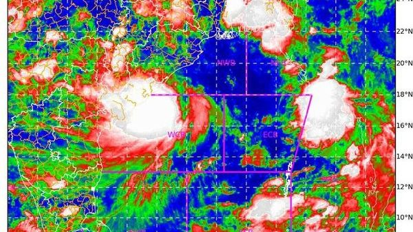 Cyclone Gulab likely to weaken into a deep depression during next 6 hrs.