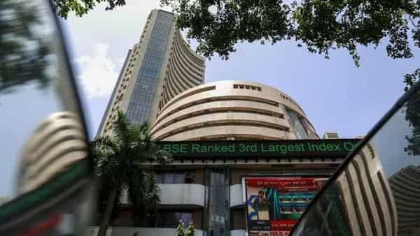 Sectoral indices ended on a positive note with stocks in the realty sector, consumer durables sector and auto sector witnessing most of the buying interest. (Photo: Reuters)