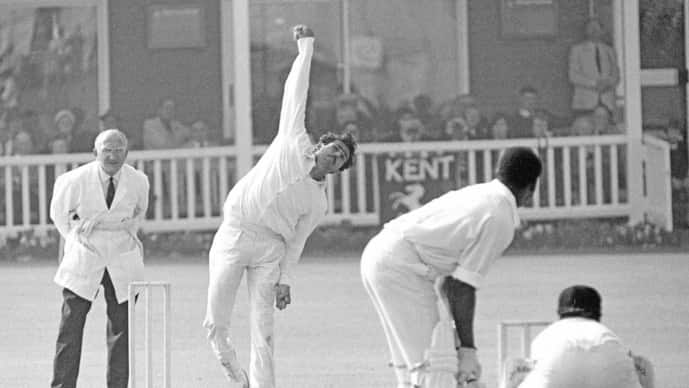 B.S. Chandrasekhar bowling for India during the match between Kent and India at Canterbury, England, in July 1971. Photo courtesy Getty images