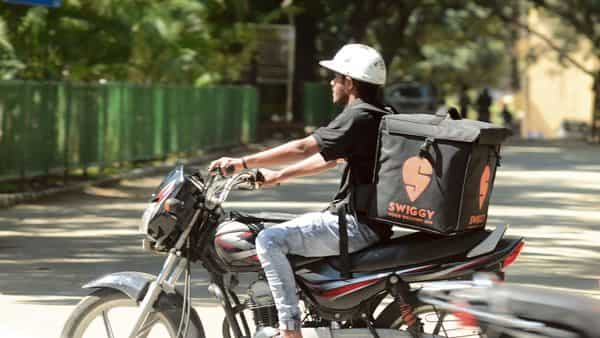 Measures are being taken to stitch up an initial team for Swiggy Bazaar.