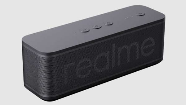 Realme Bluetooth speaker has been priced at  ₹2,999 but it can be purchased at  ₹2,499 during the Realme Festive Days sale