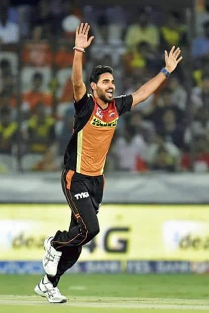 Sunrisers Hyderabad's Bhuvaneshwar Kumar leads the wickets' list.