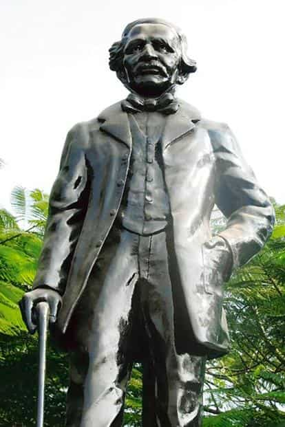Sir Arthur Cotton's statue in Hyderabad.