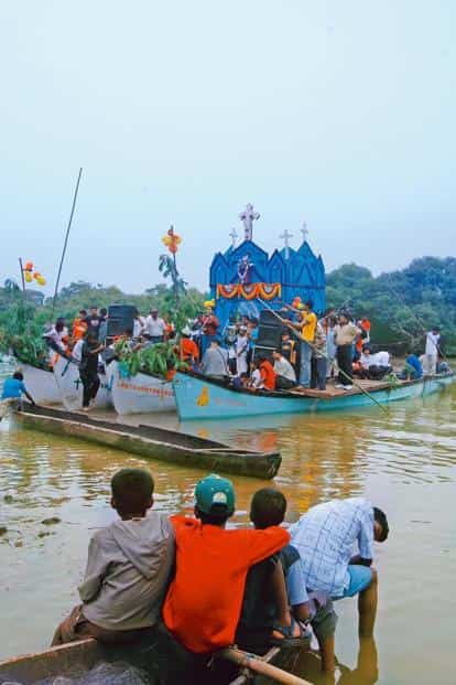 A 'tiatr' performance on a 'sangodd' boat during the annual commemoration of the feast of St Peter and St Paul in the Candolim backwaters. Photo: Vivek Menezes