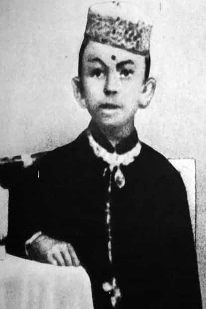 A picture of Gandhi in his childhood.