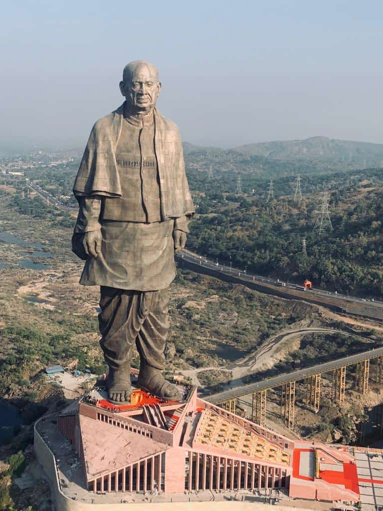 A large team of over 3,000 workers and 250 engineers worked on the Statue of Unity for three years.