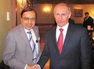 Power talk: Union petroleum minister Murli Deora and Russian PM Vladimir Putin during the former's visit to Russia earlier this month. Photo / PIB