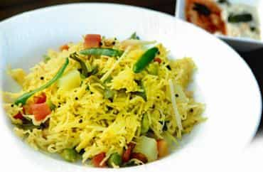Meal from Maharashtra: Shewaya upma is a high-energy breakfast with complex carbohydrates from vermicelli. Photograph by Pradeep Gaur / Mint; Food and Location Courtesy: Shangri-La's Eros Hotel, New