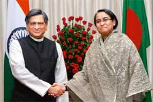 Extending support: External affairs minister S.M. Krishna with his Bangladesh counterpart Dipu Moni in New Delhi on Monday. Photo: Kamal Singh/PTI