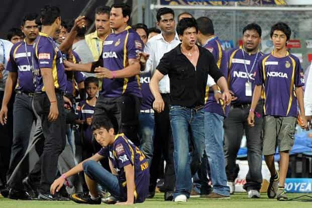 17 May 2012: Shahrukh Khan walks away following an altercation with officials after the IPL Twenty20 match between Mumbai Indians and Kolkata Knight Riders at the Wankhede Stadium in Mumbai. Khan was banned for 5 years from the stadium AFP