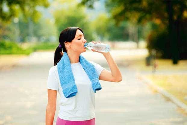 Drinking too much water during exercise can lead to water retention and intoxication.