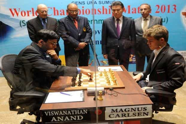 Norway's Magnus Carlsen (right) plays against India's ViswanathanAnand during the FIDE World Chess Championship in Chennai. Photo: Babu/Reuters