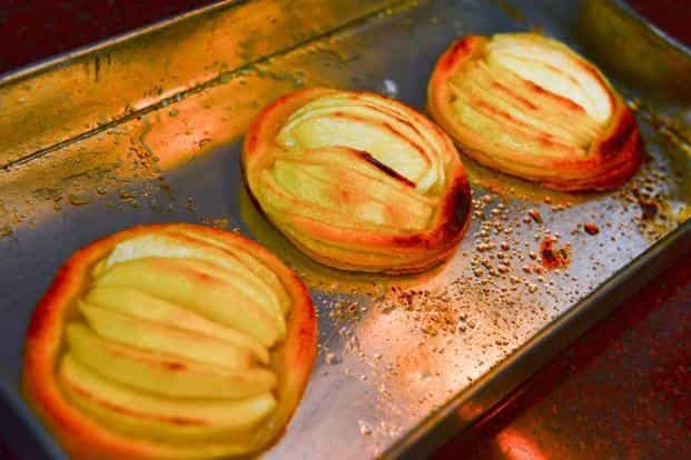 Bake for 10-15 minutes or until the pastry is well browned and the apples are a little caramelised.